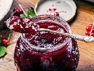 Рецепта Сладко от червено френско грозде в бурканчета (зимнина)
